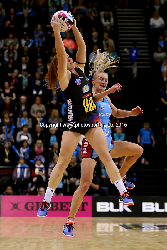 Samantha Sinclair (L) of the Magic and Shannon Francois of the Steel compete for the ball during the ANZ Championship netball match between the Southern Steel and Waikato Bay of Plenty Magic, ILT Stadium Southland, Invercargill, Sunday, June 19, 2016. Photo: Dianne Manson / www.photosport.nz