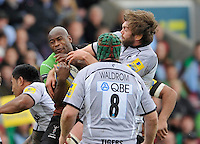 Twickenham, England. Ugo Monye of Harlequins wins a high ball during the Aviva Premiership game between Harlequins and Leicester Tigers at Twickenham Stoop, London, England. 21 April 2012.
