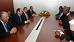 Egypt's President Abdel Fattah al-Sisi meets with Nigerian President, in Ethiopia's capital Addis Ababa, January 31, 2016. Photo by Egyptian President Office