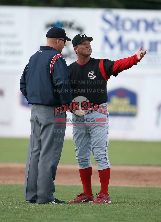 2007:  Greg Legg of the Williamsport Crosscutters, Class-A affiliate of the Philadelphia Phillies, during the New York-Penn League baseball season.  Photo By Mike Janes/Four Seam Images