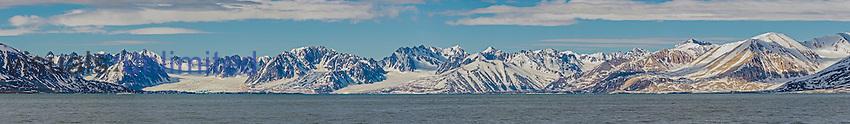 Liefdefjorden mountains and the Arctic Ocean, Haakon VII Land, Svalbard, Norway