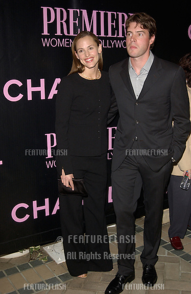 Actress JENNIFER GARNER & actor boyfriend SCOTT FOLEY at Premiere Magazine's 9th Annual Women in Hollywood lunch at the Four Seasons Hotel, Beverly Hills..16OCT2002.  © Paul Smith / Featureflash