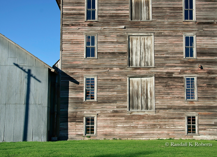 Historic Mary Jane's Mill structure, Oakesdale, Washington, Palouse region.
