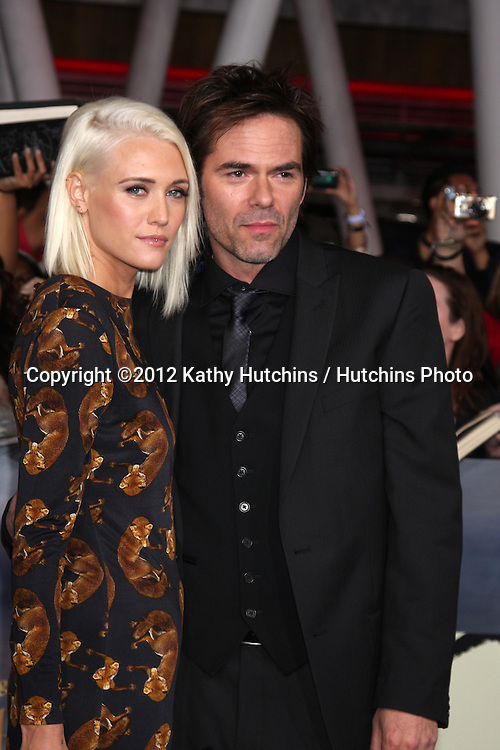 """LOS ANGELES - NOV 12:  Billy Burke arrive to the 'The Twilight Saga: Breaking Dawn - Part 2"""" Premiere at Nokia Theater on November 12, 2012 in Los Angeles, CA"""