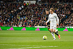 Real Madrid's Luka Modric and Sevilla FC's Sergio Escudero during La Liga match. March 20,2016. (ALTERPHOTOS/Borja B.Hojas)