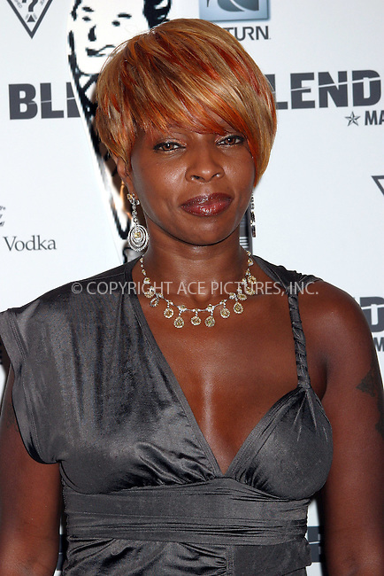 WWW.ACEPIXS.COM ** ** ** ..MARY J. BLIGE at Blender Magazine Party. Miami, Florida, August 28, 2004. Please byline: Chloe Red -- ACE PICTURES.   .. *** ***  ..Ace Pictures, Inc  **  ..Alecsey Boldeskul (646) 267-6913 **..Philip Vaughan (646) 769-0430 **..e-mail: info@acepixs.com..web: http://www.acepixs.com