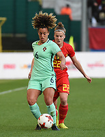 20180406 - LEUVEN , BELGIUM : Portugese Andreia Norton (L) and Belgian Laura Deloose (R)  pictured during the female soccer game between the Belgian Red Flames and Portugal , the fourth game in the qualificaton for the World Championship qualification round in group 6 for France 2019, Friday 6 th April 2018 at OHL Stadion Den Dreef in Leuven , Belgium. PHOTO SPORTPIX.BE | DIRK VUYLSTEKE