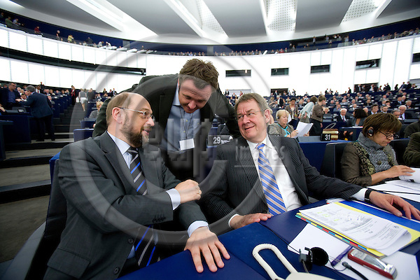 STRASBOURG - FRANCE - 06 MAY 2009 -- From left MEP Martin SCHULZ, MEP Dan JØRGENSEN and MEP Poul Nyrup RASMUSSEN at his last Parliamentarian session before he retires as MEP, here inside the plenary room in the parliament building in Strasbourg.  Photo: Erik Luntang/EUP-IMAGES