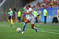Brasilia, Brazil - Friday, August 12, 2016: The USWNT and Sweden are even 0-0 to begin the second half in Quarterfinal play during the 2016 Olympics at Mane Garrincha Stadium.