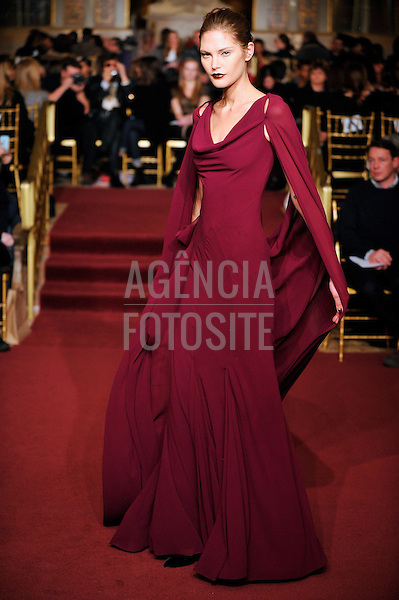 Ready to Wear Fall Winter 2013_ZAC_POSEN_New York_ Fashion Week February  2013