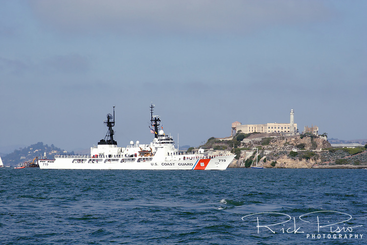 United States Coast Guard Cutter Boutwell (WHEC-719)steams into San Francisco Bay during the 2009 Fleet Week Parade of Ships. The Boutwell is a high endurance cutter and one of four that are home ported in Alameda, California.