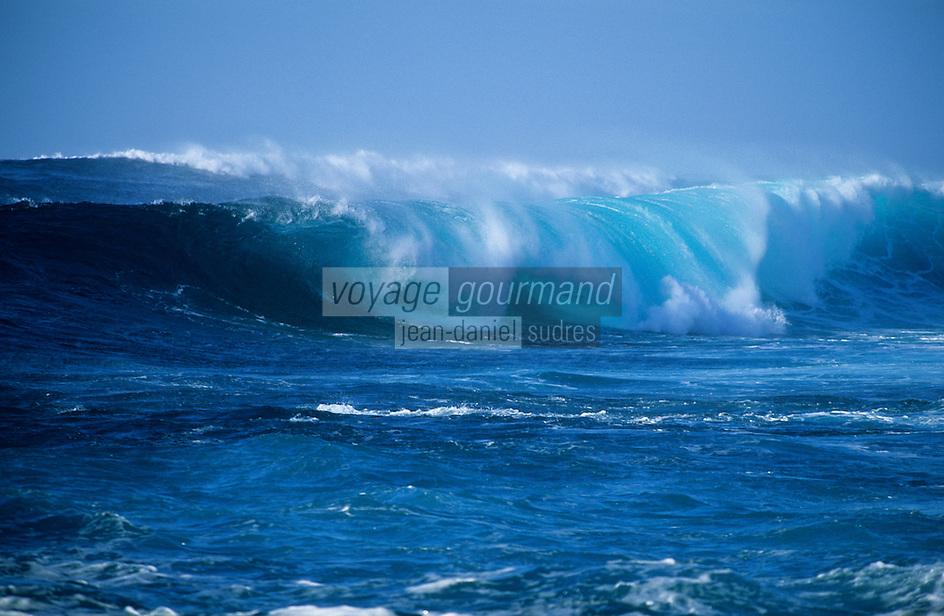 Europe/Espagne/Canaries/Lanzarote/La Santa : Vagues sur la plage