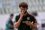 27.06.2020, Fussball: nph00001 1. Bundesliga 2019/2020, 34. Spieltag, VfL Wolfsburg - FC Bayern Muenchen, in der Volkswagen-Arena Wolfsburg. Alvaro Odriozola (Bayern MŸnchen)<br /><br />Foto: Bernd Feil/M.i.S./ /Pool/nordphoto<br /><br />Nur fŸr journalistische Zwecke! Only for editorial use! <br /><br />GemŠ§ den Vorgaben der DFL Deutsche Fussball: nph00001 Liga ist es untersagt, in dem Stadion und/oder vom Spiel angefertigte Fotoaufnahmen in Form von Sequenzbildern und/oder videoŠhnlichen Fotostrecken zu verwerten bzw. verwerten zu lassen. DFL regulations prohibit any use of photographs as image sequences and/or quasi-video.    <br /><br />National and international NewsAgencies OUT.