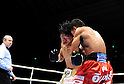(L-R) Daiki Kameda (JPN), Tepparith Kokietgym (THA), DECEMBER 7, 2011 - Boxing : Daiki Kameda of Japan in action against Tepparith Kokietgym of Thailand during the WBA super flyweight title bout at Osaka Prefectural Gymnasium in Osaka, Osaka, Japan. (Photo by Mikio Nakai/AFLO)