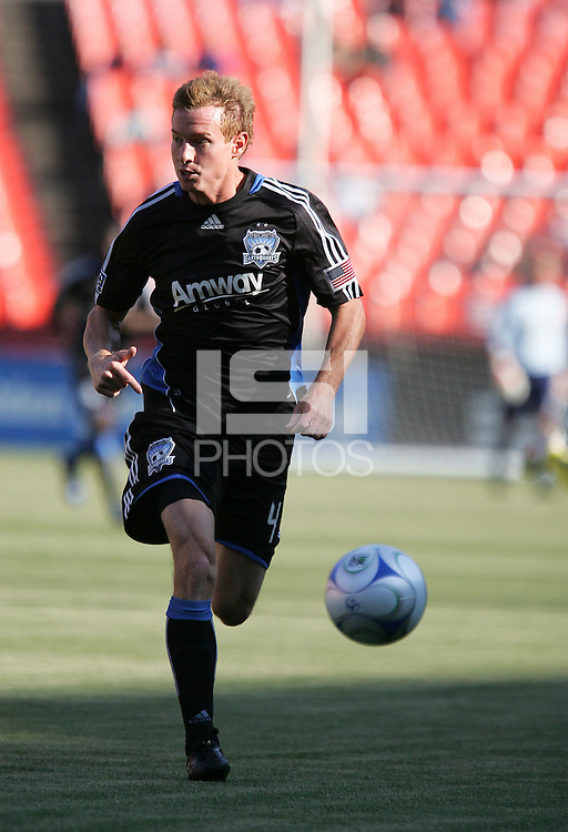 Chris Leitch dribbles the ball.The Columbus Crew defeated the San Jose Earthquakes 3-0 at Candlestick Park in San Francisco, California on August 8, 2009.
