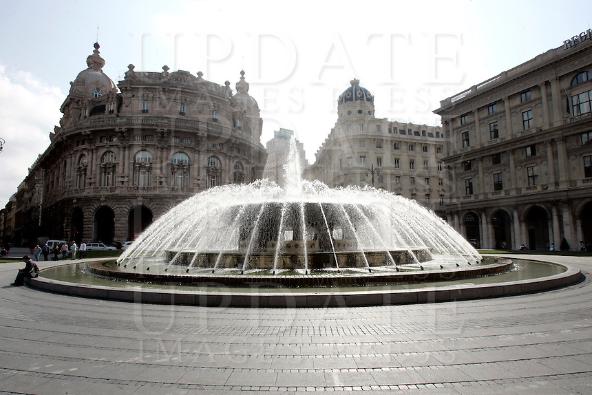 La fontana di Piazza De Ferrari a Genova.<br /> The fountain of Piazza De Ferrari in Genoa.<br /> UPDATE IMAGES PRESS/Riccardo De Luca