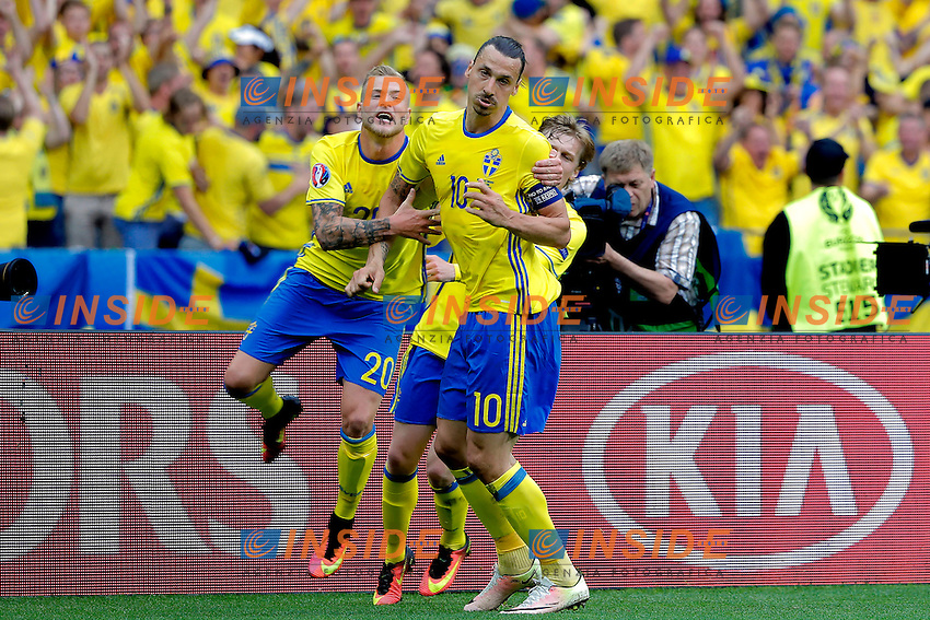 Zlatan Ibrahimovic (SWE) celebrates scoring. Esultanza Gol <br /> Paris 13-06-2016 Stade de France Football Euro2016 Ireland - Sweden / Irlanda - Svezia Group Stage Group E. Foto Stephane Allaman Panoramic / Insidefoto