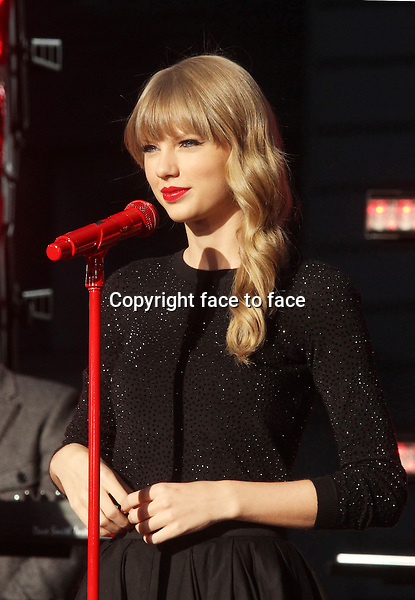 "Taylor Swift performing on ""Good Morning America"" outside the ABC Times Square Studio in New York, 23.10.2012. ..Credit: Rolf Mueller/face to face"