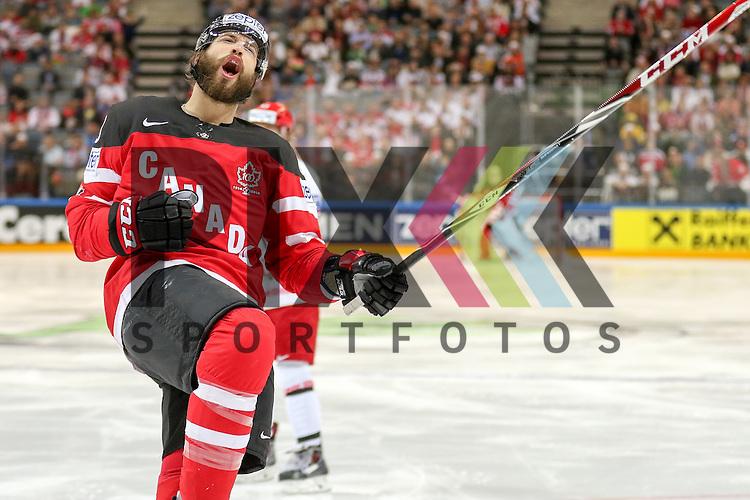 Canadas Burns, Brent (Nr.88) mit seinem Torjubel im Spiel IIHF WC15 Canada vs. Belarus.<br /> <br /> Foto &copy; P-I-X.org *** Foto ist honorarpflichtig! *** Auf Anfrage in hoeherer Qualitaet/Aufloesung. Belegexemplar erbeten. Veroeffentlichung ausschliesslich fuer journalistisch-publizistische Zwecke. For editorial use only.