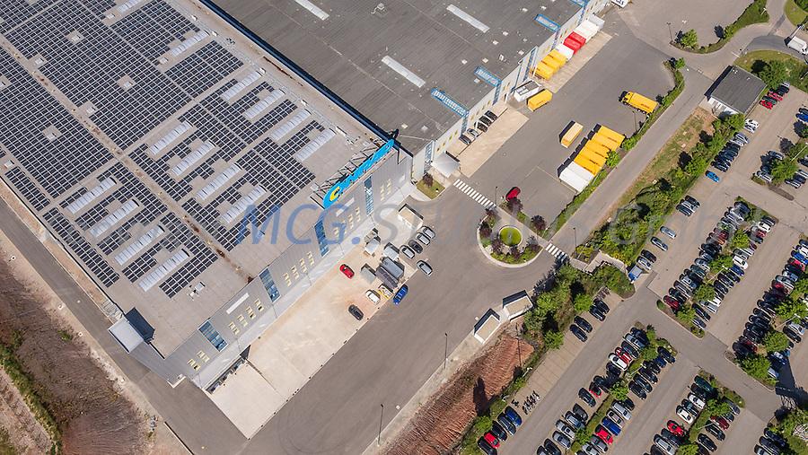 Luftaufnahme des Logistikcenters der Firma Conrad Electronic in Wernberg-Köblitz