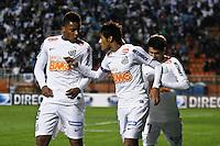 ATENÇÃO EDITOR: FOTO EMBARGADA PARA VEÍCULOS INTERNACIONAIS SÃO PAULO,SP,26 SETEMBRO 2012 - FINAL RECOPA SUDAMERICANA - SANTOS (bra) x UNIVERSIDAD DE CHILE (chi) - Neymar jogador do Santos comemora gol durante partida Santos x Universidad de Chile  válido pela final da Recopa Sudameircana no Estádio Paulo Machado de Carvalho (Pacaembu), na região oeste da capital paulista na noite desta quarta feira (26).(FOTO: ALE VIANNA -BRAZIL PHOTO PRESS).