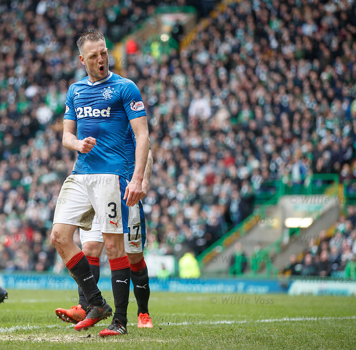 Clint Hill celebrates his goal