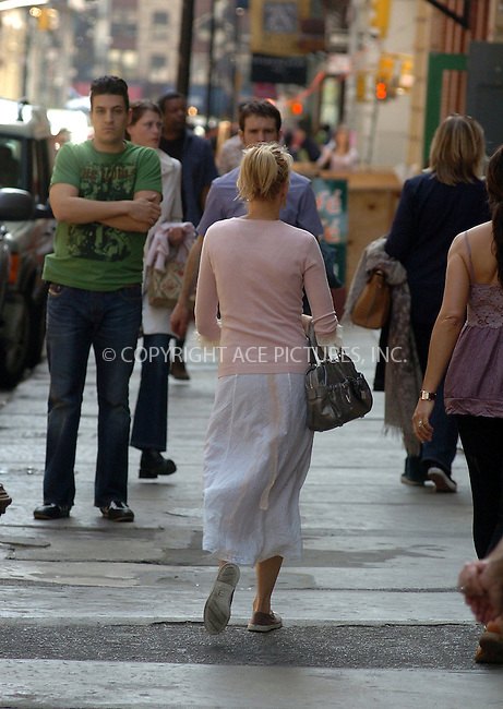 WWW.ACEPIXS.COM ** ** **....NEW YORK, APRIL 17, 2005....Naomi Watts uses her Sunday to do a little shopping downtown.....Please byline: Philip Vaughan -- ACE PICTURES... *** ***  ..Ace Pictures, Inc:  ..Craig Ashby (212) 243-8787..e-mail: picturedesk@acepixs.com..web: http://www.acepixs.com