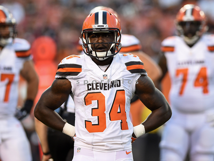 CLEVELAND, OH - AUGUST 18, 2016: Running back Isaiah Crowell #34 of the Cleveland Browns stands on the field in the first quarter of a preseason game on August 18, 2016 against the Atlanta Falcons at FirstEnergy Stadium in Cleveland, Ohio. Atlanta won 24-13. (Photo by: 2016 Nick Cammett/Diamond Images) *** Local Caption *** Isaiah Crowell