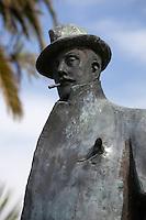 Italy, Tuscany, Torre di Lago Puccini: Statue of the opera composer Giacomo Puccini | Italien, Toskana, Torre di Lago Puccini: Statue des Komponisten Giacomo Puccini