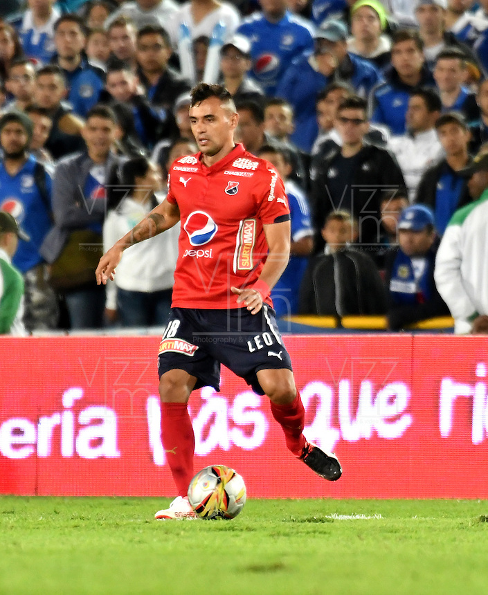 BOGOTA - COLOMBIA - 20-11-2016: Marlon Piedrahita, jugador de Deportivo Independiente Medellin, en acción, durante partido de la fecha 20 entre Millonarios y Deportivo Independiente Medellin de la Liga Aguila II-2016, jugado en el estadio Nemesio Camacho El Campin de la ciudad de Bogota.  / Marlon Piedrahita, player of Deportivo Independiente Medellin, in action during a match between Millonarios and Deportivo Independiente Medellin, for the date 20 of the Liga Aguila II-2016 at the Nemesio Camacho El Campin Stadium in Bogota city, Photo: VizzorImage / Luis Ramirez / Staff.
