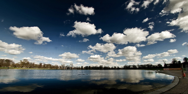 Serpentine Lake in Hyde Park, London.