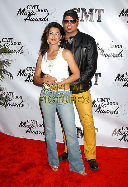 TROY GENTRY & WIFE.2005 CMT Music Awards held at the Gaylord Entertainment Center, Nashville, Tennessee, USA, 11 April 2005..full length.Ref: ADM.www.capitalpictures.com.sales@capitalpictures.com.©Laura Farr/AdMedia/Capital Pictures.