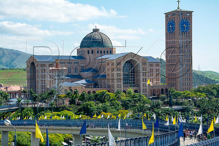 Basílica Nova no Santuário Nacional de Nossa Senhora da Aparecida, Aparecida - SP, 10/2016.