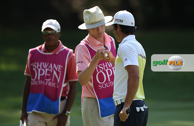Adrian Otaegui (ESP) birdies the 15th to stay sharing the lead during Round Three of the Tshwane Open 2015 at the Pretoria Country Club, Waterkloof, Pretoria, South Africa. Picture:  David Lloyd / www.golffile.ie. 14/03/2015