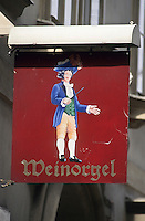 Europe/Autriche/Niederösterreich/Vienne: Enseigne d'un bar à vin sur Baeckstrasse