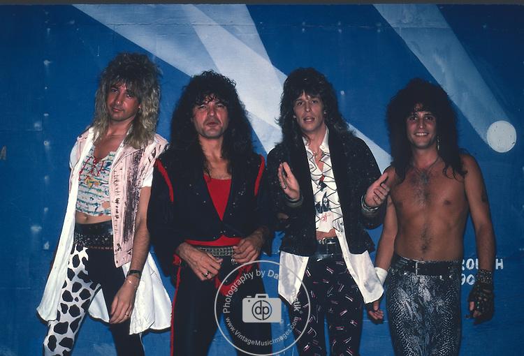Hurricane , Jay Schellen, Kelly Hansen, Robert Sarzo, Tony Cavazo 1987 Hurricane