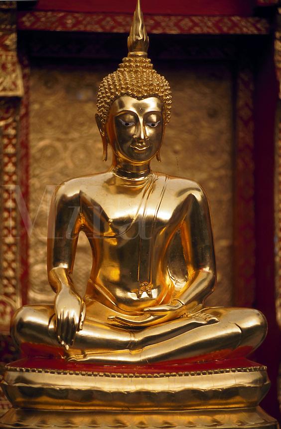 Golden Buddha, Wat Phra That Doi Suthep, Chaing Mai, Thailand
