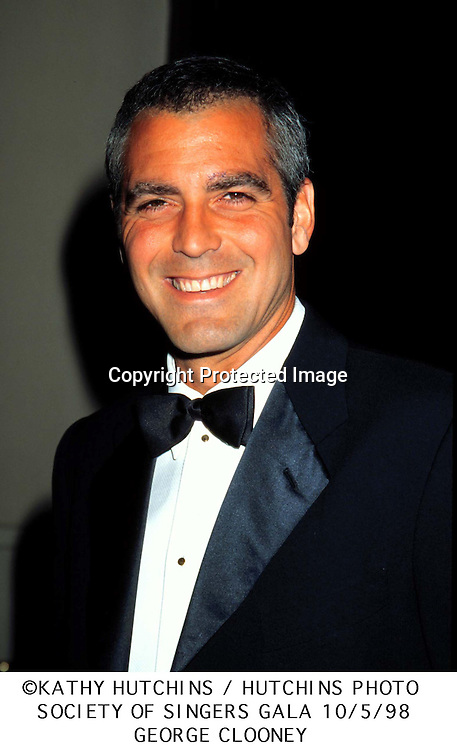 ©1998 KATHY HUTCHINS/HUTCHINS PHOTO.SOCIETY OF SINGERS GALA 10/5/98.GEORGE CLOONEY