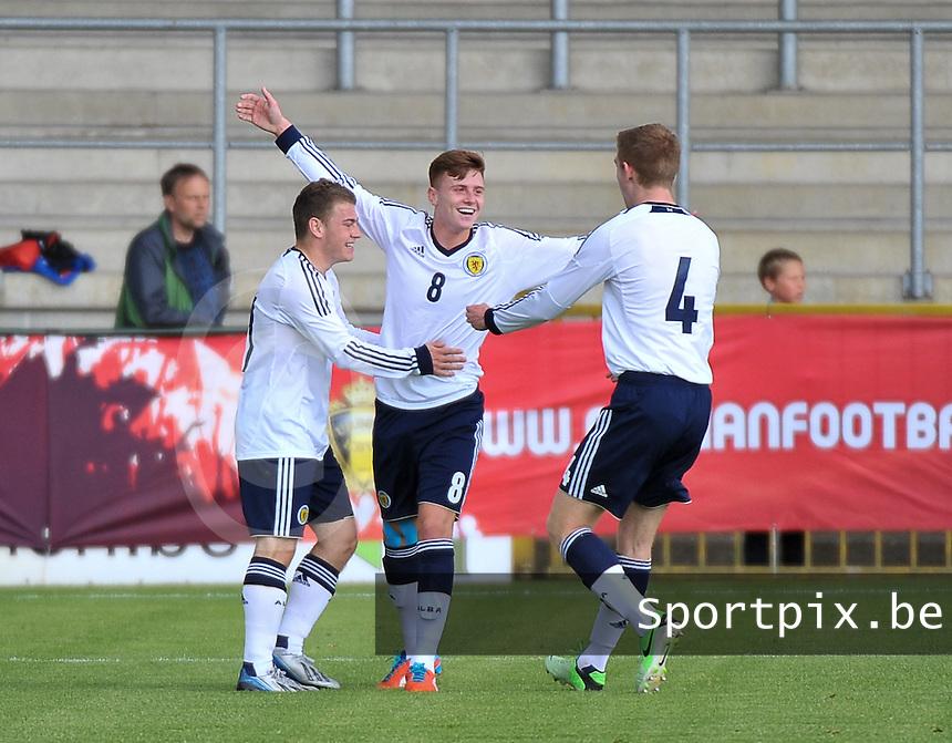 Scotland U19 - Belgium U19 : Lewis Macleod (8) celebrating his 2-0 for Scotland.foto DAVID CATRY / Nikonpro.be