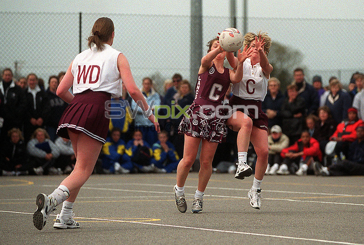 Pix: Matthew Lewis/SWpix.com. Netball. Inter County Tournament 2003. Bournemouth School for Girls, Castle Gate Close, Bournemouth. 13/04/03...COPYRIGHT PICTURE>>SIMON WILKINSON>>01943 436649>>..Generic action. Warwickshire v Lancashire.
