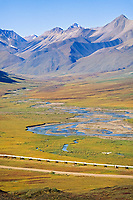 Trans Alaska Oil Pipeline, bush plane, James Dalton Highway, Atigun Canyon, Brooks range, Alaska.