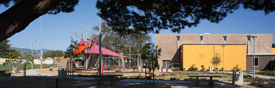 Roman de Salvo designed and built the Seven Trees Community Center park in San Jose California. Rob Wellington Quigley designed the community center and adjoining library. Completed: spring 2011.