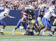 Annapolis, MD - October 7, 2017: Navy Midshipmen fullback Chris High (33) gets a first down during the game between Air Force and Navy at  Navy-Marine Corps Memorial Stadium in Annapolis, MD.   (Photo by Elliott Brown/Media Images International)