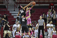 NWA Democrat-Gazette/J.T. WAMPLER Arkansas lost to Kentucky Thursday Feb. 16, 2017 at Bud Walton Arena in Fayetteville. The Wildcats won 69-62.