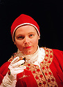 Joanna Scanlan in Top Girls opens at the Aldwych Theatre on 9/1/02  pic Geraint Lewis