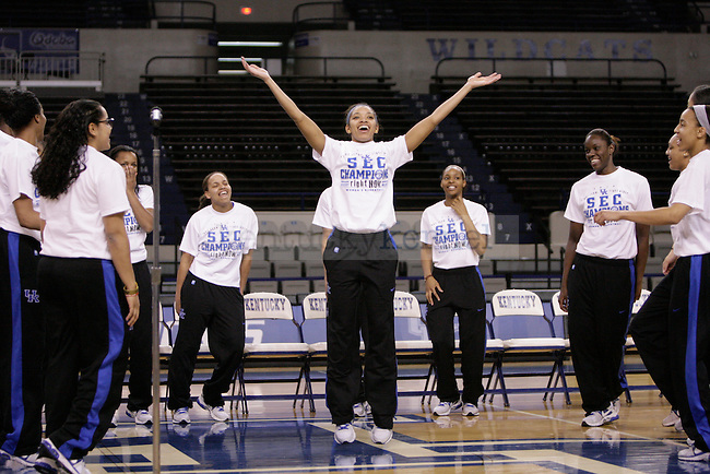 UK Senior Keyla Snowden entertains the fans during the Kentucky Women's celebration of winning the SEC regular season championship 2/26/12 at Memorial Coliseum in Lexington, Ky. Photo by Quianna Lige | Staff