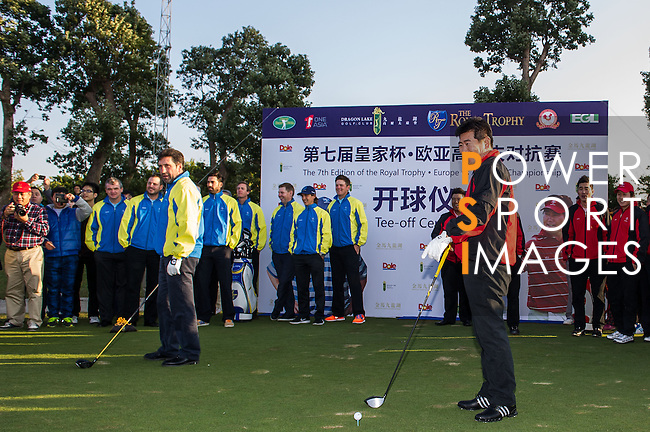 Players in action on the Pro Am prior to the Royal Trophy Europe vs Asia Golf Championship at the Dragon Lake Golf Club in Guangzhou, China on 18 December 2013. Photo by Xaume Olleros / The Power of Sport Images