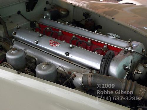 Jaguar XK140 engine
