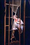 """""""De la lune et de l'eau"""" de Chritine Bastin - Photo : Laurent Paillier....Copyright © Laurent Paillier / www.photosdedanse.com . All rights reserved"""