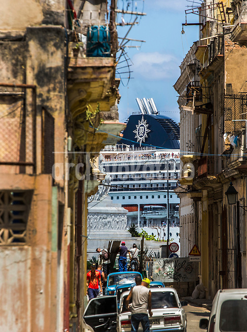 Cruiser enter in Havana seen from the old town, center of the city. In a boom never seen during 2016 more than 4 million foreigners visited the island